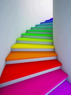 12 Ideas To Spice Up Your Stairs - Stairway to heaven - Rainbow Taste The Rainbow, Over The Rainbow, Neon Rainbow, Rainbow Things, Rainbow Stuff, Rainbow Art, Rainbow River, Rainbow House, Rainbow Candy