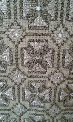 Beaded Embroidery, Cross Stitch Embroidery, Hand Embroidery, Cross Stitch Borders, Bargello, Hgtv, Needlework, Diy Crafts, Beads