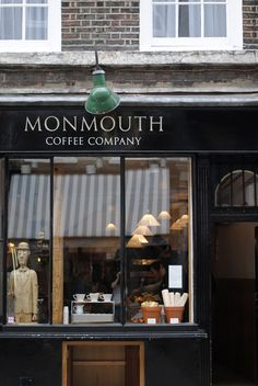 exterior of monmouth coffee, convent garden, london | foodie travel + coffee shops #storefronts