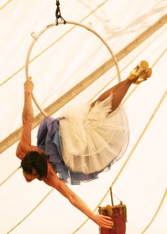 I love Giffords Circus - @Tara Scott you should try and get to this! I'm taking bubba in August!