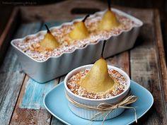 Mandlový dezert s hruškami Pavlova, Snapseed, Caramel Apples, Pudding, Cheese, Baking, Blog, Fruit Cakes, Tarts