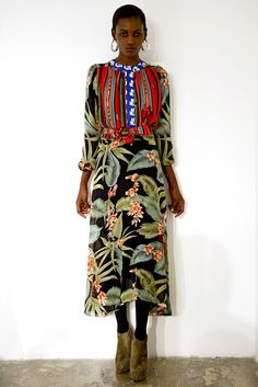 Duro Olowu Fall 2011 Ready-to-Wear Collection Photos - Vogue Tribal Fashion, Love Fashion, Fashion Show, Funky Fashion, Japan Fashion, Diy Fashion, Womens Fashion, African Inspired Fashion, African Fashion