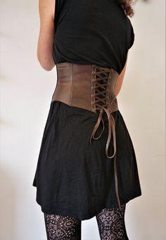 CEINTURE RESERVEE serre taille cuir ceinture large   Etsy Ceinture Large, Serre  Taille, Cuir fab863362ec