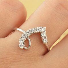 """Artistic 9K White Gold Filled White CZ""""Heart"""" Womens ring,9 - $24"""