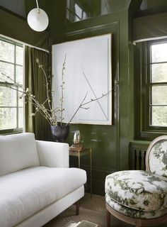 Green and white living room by Wendy Labrum. I love the green lacquered walls.  http://www.wendylabruminteriors.com