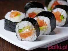 Maki has to be my go to sushi dish - and it's so simple to make, especially when you have the right recipes! Shrimp Sushi, Salmon Sushi, Salmon Avocado, Avocado Sushi Recipe, Avocado Roll, Wine Recipes, Asian Recipes, Cooking Recipes, Kinds Of Sushi
