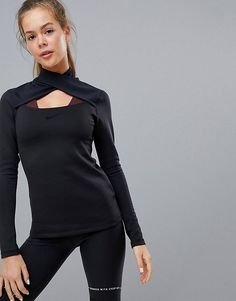 Page 11 - Discover our women's sportswear, activewear and fitness clothing. Shop our wide range of sports leggings, gym tops, trainers, ski wear and much more. Gym Tops Women, Ladies Sports Tops, Sports Crop Tops, Running Leggings, Sports Leggings, Cut Out Top, Tops For Leggings, Fitness Fashion, Fitness Clothing
