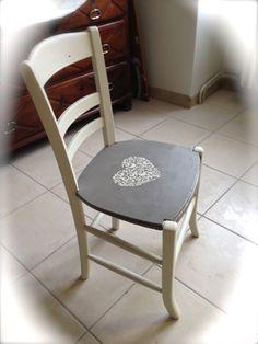 Chaise bois relookée