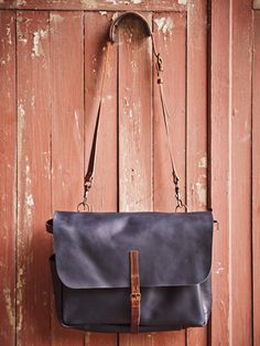 AiGLE x Nigel Cabourn. Postman bag