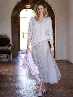 degrade tulle skirt - Gorsuch Black Tulle Skirt Outfit, Tuille Skirt, Maxi Skirt Outfits, Tulle Dress, Dress Skirt, Off White Belt, Dungaree Dress, Floral Print Skirt, Striped Scarves