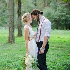 Bohemian Backyard Wedding   Mabyn Ludke Photography on @sturquoiseblog