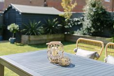 Contemporary rattan furniture and fence painted grey in a new build garden Edwardian House, Victorian Terrace, Victorian Homes, Victorian Kitchen, Rock My Style, Style Uk, Sofa Shop, Garden Office, Modern Country