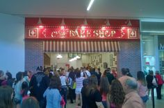 The Florida Mall - Orlando, FL, United States. Carlo's Bakery a.k.a Cake Boss...