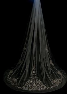 Attractive One Layer Beads Bridal Veils With Lace Applique Chapel Length Tulle Wedding Veil With Free Comb from Dresstop,$30.55 | DHgate.com