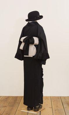 Yukata Kimono, Kimono Fashion, Contrast, Japan, How To Wear, Fashion Design, Clothes, Black, Dresses