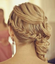 21 Gorgeous Wedding Hairstyle Ideas - MODwedding