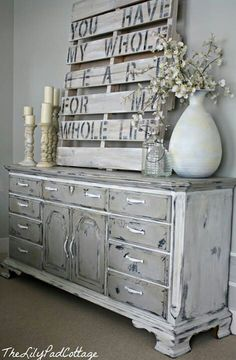 Pallet project Beautiful!  Should be in my brother's home!  This was on their Save the Date card!