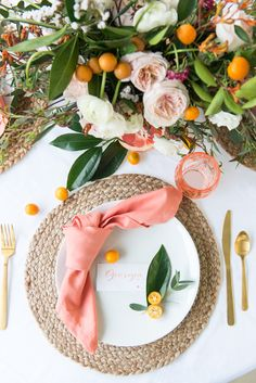Brunch in Bloom: Floral and Citrus Brunch originally appeared in the Spring 2018 issue of Paprika Southern . To see the complete feature, including recipes, in print, order a back copy of the Spring 2018 issue of Paprika Southern. Birthday Brunch, Brunch Party, Easter Brunch, Easter Food, Easter Dinner, Place Settings, Table Settings, Brunch Table Setting, Dinner Party Table