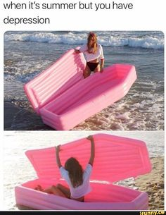 Post with 25624 views. [Humor] When it's summer but the sun is a deadly laser Float Pool, Cool Pool Floats, Funny Relatable Memes, Funny Posts, Memes Arte, Depression Memes, Stupid Funny, Hilarious, Popular Memes
