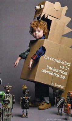 """""""La creatividad es la inteligencia divirtiéndose"""" -Albert Einstein (vía http://bichicori.com/)"""