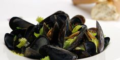 Beer+and+Bacon-Steamed+Mussels