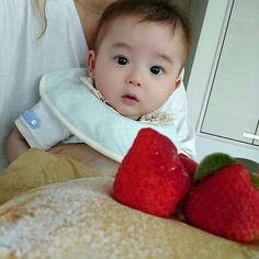 Cute Asian Babies, Korean Babies, Asian Kids, Cute Babies, Cute Baby Boy Photos, Cute Baby Videos, Cute Little Baby, Little Babies, Baby Kids