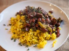 Red Beans, Andouille, and Kale with fresh bay leaves and fresh thyme Fresh Thyme, Fresh Herbs, Fresh Bay Leaves, Herb Recipes, Organic Herbs, Red Beans, Kale, Risotto, Laurel Tree