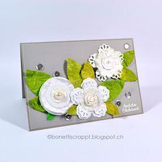 Blütenkarte aus Papierresten