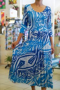 The Best Pacific and Samoa Shopping - Carvings, Crafts, Homeware and Gifts Dress Blues, Blue Dresses, Samoan Women, Hawaiian Fashion, Janet & Janet, Island Wear, Resort Dresses, Dress Patterns, Sewing Patterns