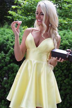A-line V-neck Short Homecoming Dress, Yellow Party Dress with Pockets, Cheap Homecoming Dress 2019 Yellow Homecoming Dresses, Yellow Party Dresses, Hoco Dresses, Yellow Dress, Dress Outfits, Tulle Ball Gown, Occasion Dresses, Elegant Dresses, Boho Dress