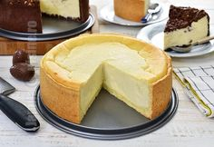 Pasca cu branza, cea mai buna reteta pentru Pasti! | JamilaCuisine Kitchen Chemistry, No Cook Desserts, Food Cakes, Sour Cream, Cake Recipes, The Creator, Cheesecake, Deserts, Cooking Recipes
