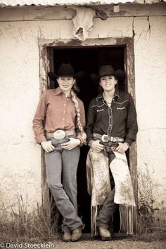 cowgirl friends pic ideas