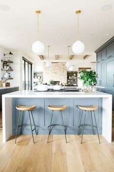 These Gray Kitchens Are the Epitome of Understated Elegance