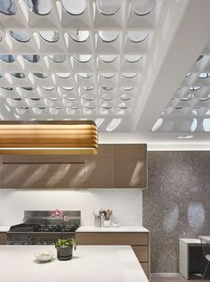 glass flooring It is commonly used for windows and doors to allow the entre of natural light. Aside from that, it can also be used as kitchen countertop, staircase railing, pool fencing and many others. Industrial Interior Design, Industrial Interiors, Industrial House, Kitchen Industrial, Kitchen Modern, Floor Design, Ceiling Design, House Design, Interior Decorating Styles