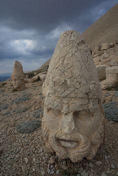 The stone heads of Nemrut Dağı in Adiyaman Province, Turkey (by Rowan Castle).