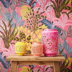 Home Wallpaper, Pink Wallpaper Room, Florida Wallpaper, Tropical Home Decor, Tropical Bathroom, Reno, Wall Treatments, Picture Design, Colorful Interiors