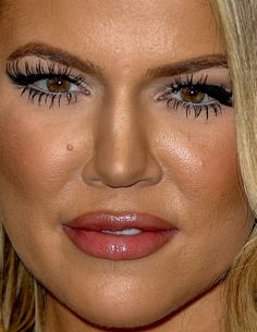 khloe kardashian khloe kardashian red carpet makeup celeb celebrity celebritycloseup