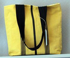 tote bag en toile coton jaune, 3 petites rayures. Collection été 2014
