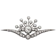Preowned 3.87ct Diamond And 9k White Gold Brooch - Antique Victorian (£6,980) ❤ liked on Polyvore featuring jewelry, brooches, white, antique jewelry, white gold diamond jewelry, victorian brooch, antique pins brooches and victorian antique jewelry