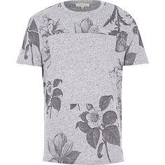 Grey floral print t-shirt €25.00