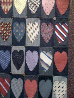 Do you have old ties and do not know what to do with them? See below amazing ide. Haben Sie alte Krawatten und wissen nicht, was Sie damit anfangen Tie Crafts, Sewing Crafts, Sewing Projects, Sewing Diy, Necktie Quilt, Quilt Patterns, Sewing Patterns, Old Ties, Diy Projects For Men