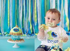 © Heidi Hope Photography #photographer #photography #portrait #baby#1year #cake #smash #cakesmash #sweet indulgence