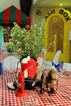Aaron's Cowboy Themed Party: Centerpiece