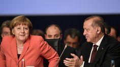 Dem Bericht zufolge soll die Visafreiheit auch dann umgesetzt werden, wenn die Türkei nicht allen Bedingungen der EU entsprechen sollte.