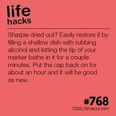 Give Life To Your Dried Out Sharpies - 1000 Life Hacks - Hochzeitstipps School Life Hacks, Girl Life Hacks, Amazing Life Hacks, Simple Life Hacks, Useful Life Hacks, Hacks Diy, Home Hacks, Cleaning Hacks, Art Hacks