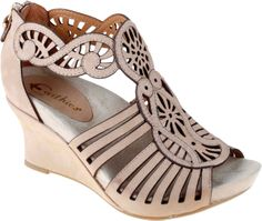 Earthies Caradonna Womens Wedge Sandal (Biscuit)