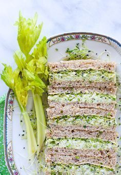 Herbed Avocado Egg Salad Tea Sandwiches (Make a batch for a spring picnic or a fancy afternoon tea party. Tea Recipes, Cooking Recipes, Healthy Recipes, Recipies, Afternoon Tea, Beste Burger, Avocado Egg Salad, Mashed Avocado, Avocado Dressing