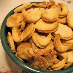 Sablés à l'huile d'olive, rhum et romarin  http://cuisine.journaldesfemmes.com/gastronomie/recettes-provencales/sables-a-l-huile-d-olive-rhum-et-romarin.shtml