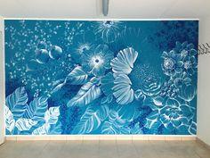 Decorazione di una parete turchese, abitazione privata In Loco, Waves, Night, Artwork, Work Of Art, Auguste Rodin Artwork, Artworks, Ocean Waves, Illustrators