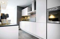 #keukenstudiomaassluis #keukens GL4000 ijswit http://www.keukenstudiomaassluis.nl/keuken-collectie/keuken/gl4000-ijswit